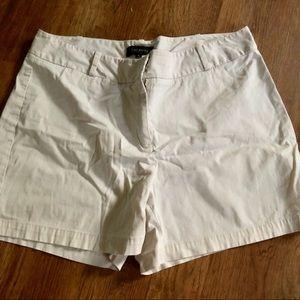 Talbots cream beige shorts 16